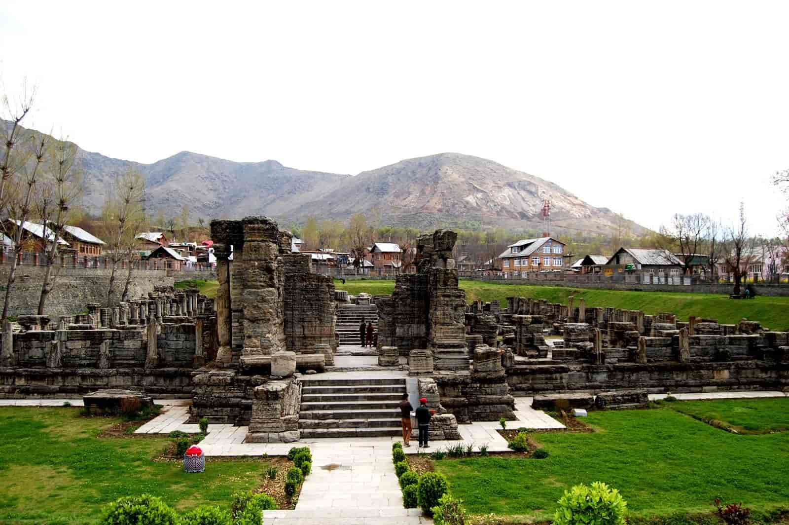 Pulwama - Best Places to Visit in Kashmir
