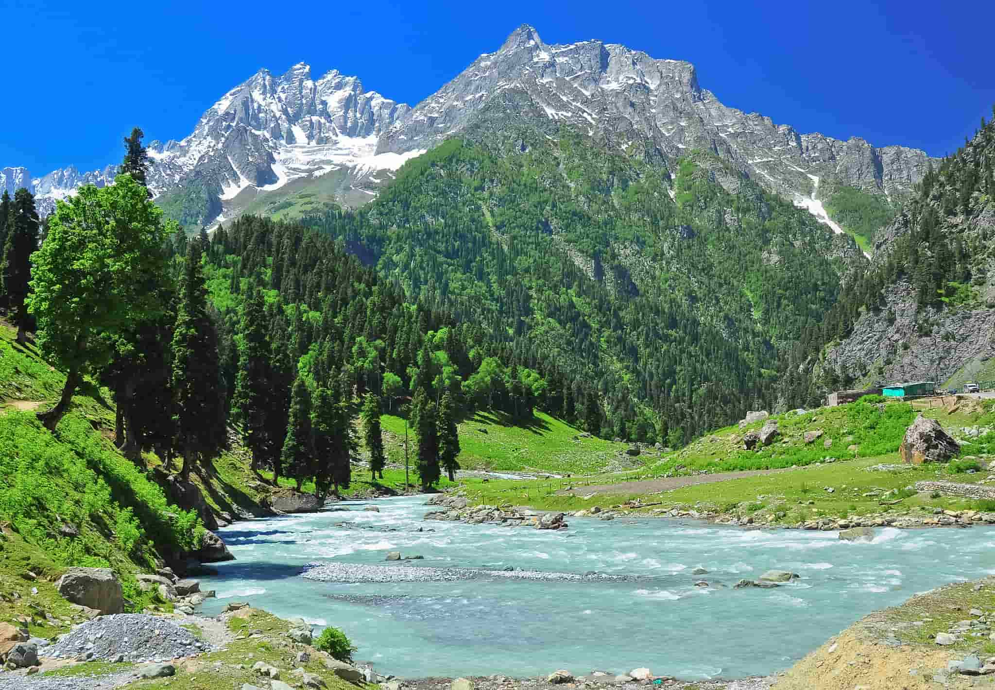 Make a Tour Plan for Top 10 Best Places to Visit in Kashmir