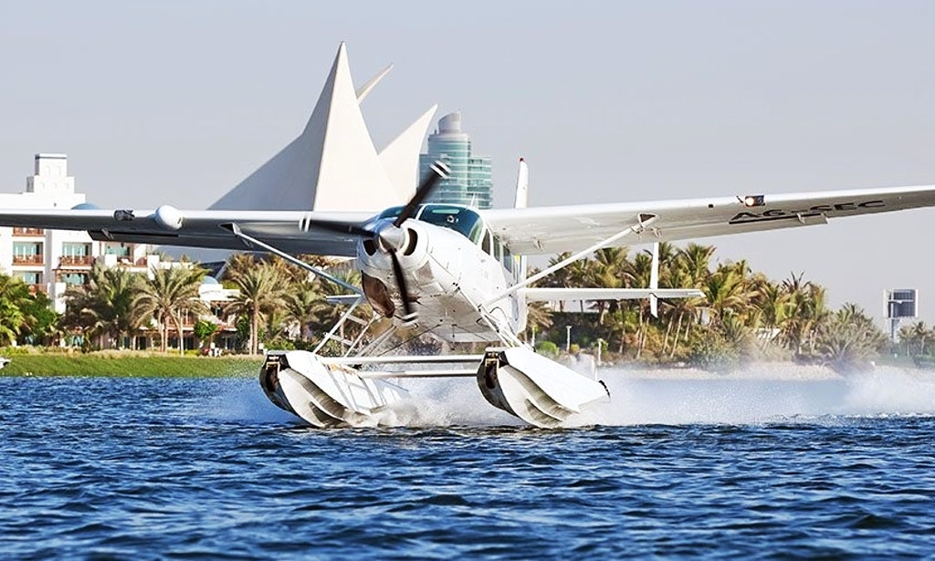 Speed Boat Tours and Seaplane Flight in dubai