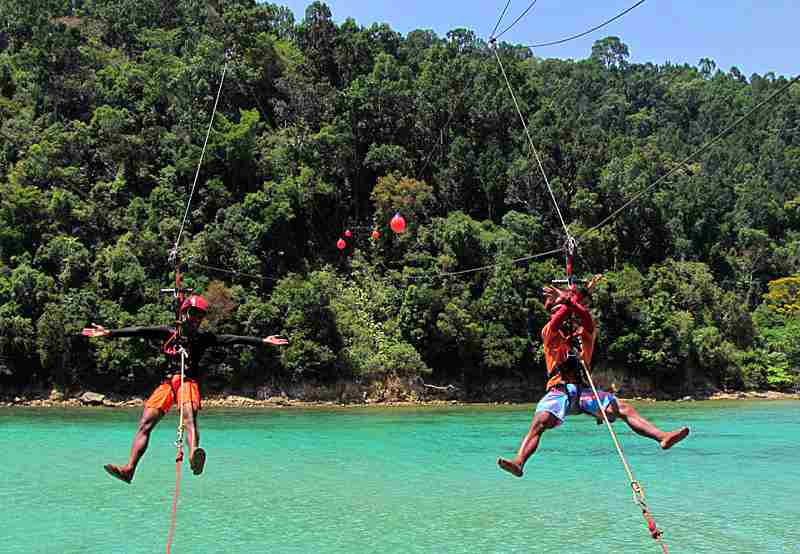 Try Ziplining Over the Ocean Of Borneo malaysia - thing to do in malaysia
