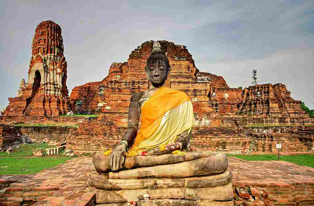 Visit These 9 Ayutthaya-Temples That Are Historic, Glorious & Awe-Inspiring On Your Thailand Vacations