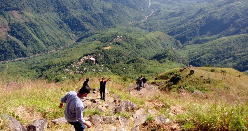 Laitlum-Canyon,-Meghalaya