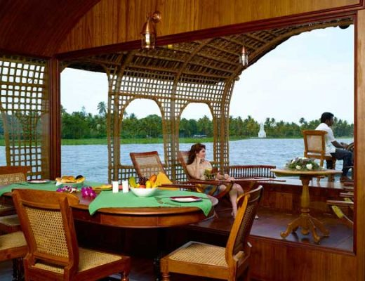 Top 6 Romantic Things to do in Kerala