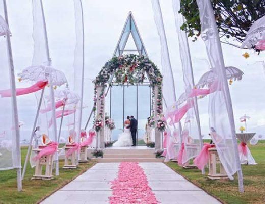 10 Impressive and Luxury Venues for Destination Wedding in Bali