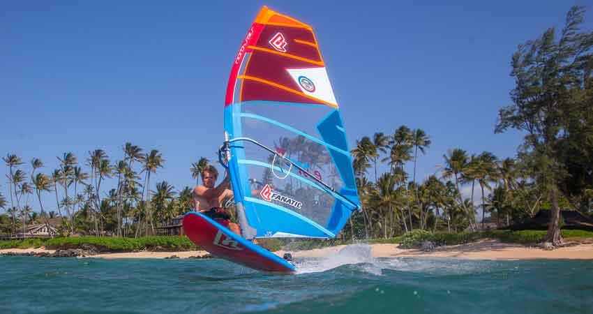 Windsurfing in Maldives