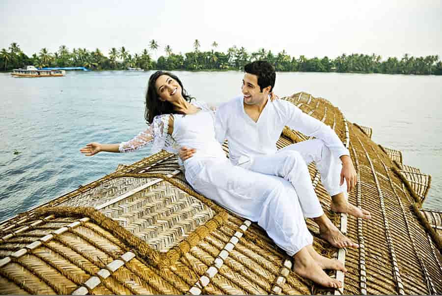 Best Honeymoon Destinations in Kerala for Honeymooners