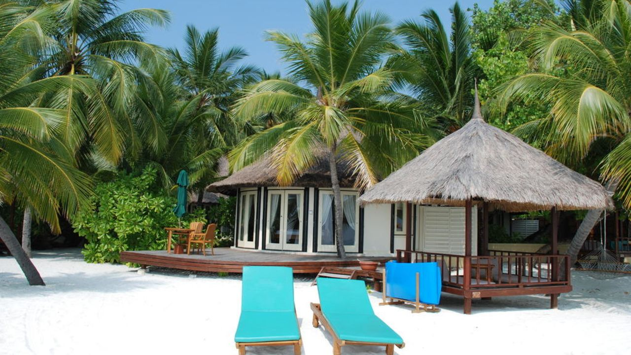 Banyan Tree Vabbinfaru resorts in maldives