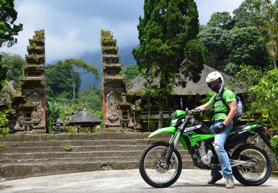 Rent A Scooter Or Bike And Explore The Local Area - best things to do in bali