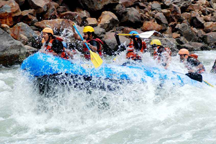 rafting in rishikesh uttarakhand india