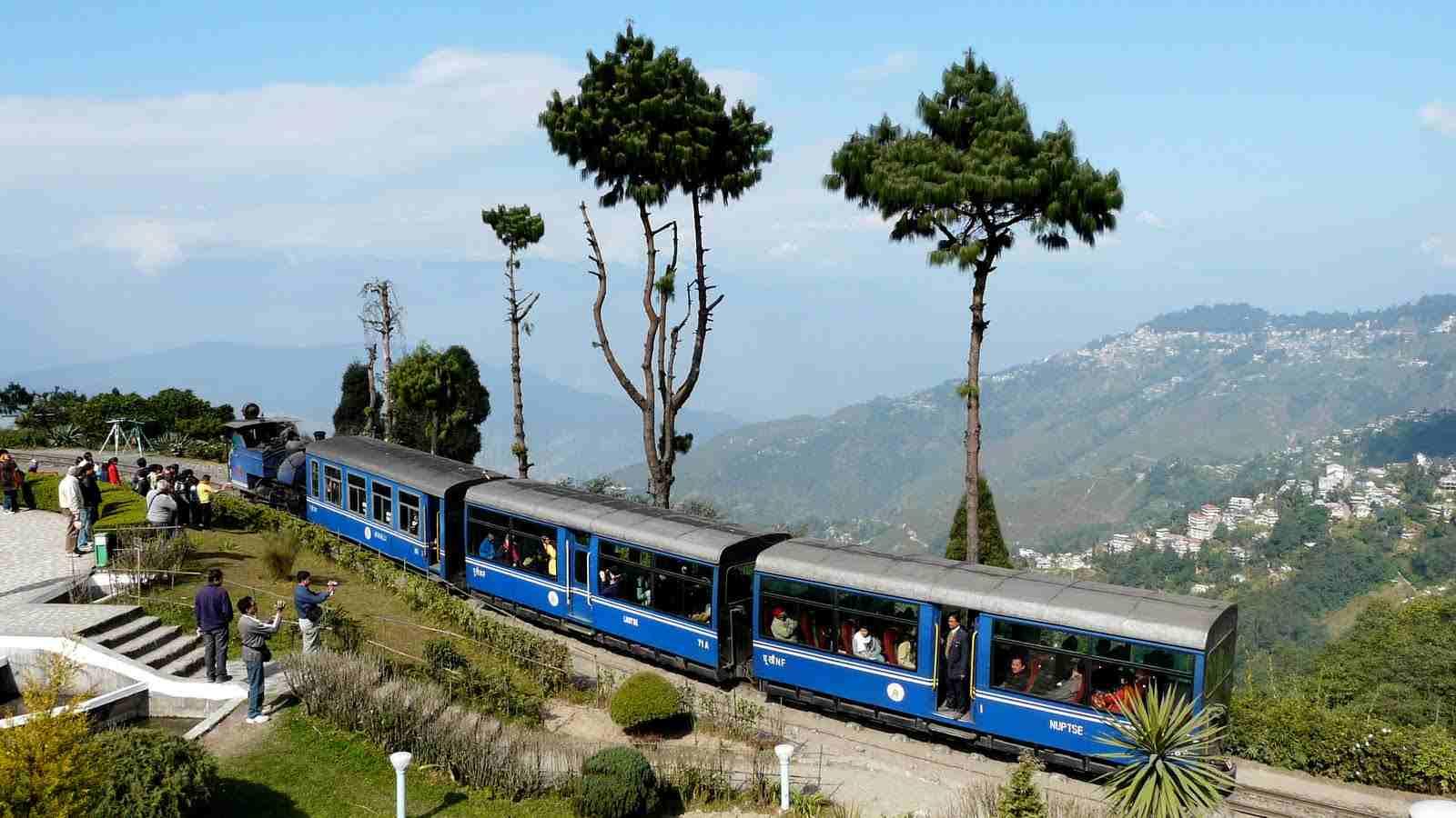 Train Ride In Darjeeling - romantic date ideas