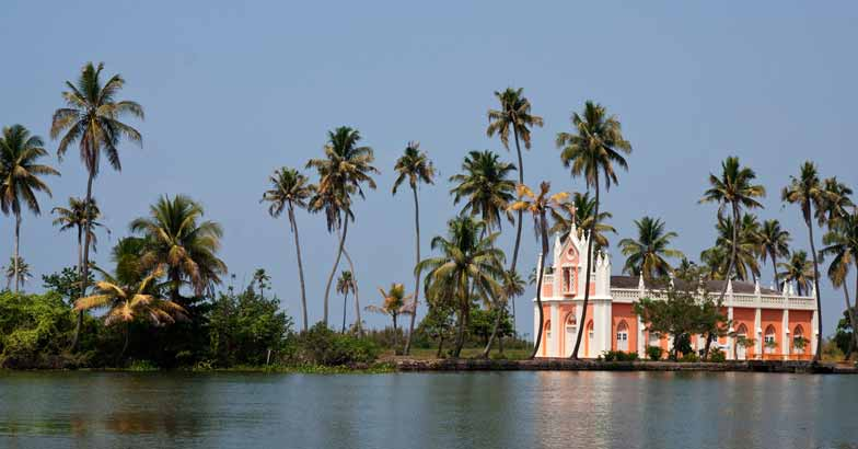 kerala - places to visit during Christmas in India