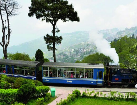 Darjeeling Toy Train – Where Different and Gorgeous Scenes Are Found At Every Turn