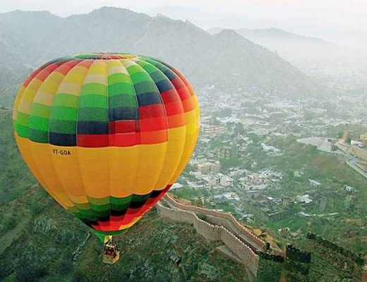 Flying In A Hot Air Balloon In India Is More Romantic Than Anything