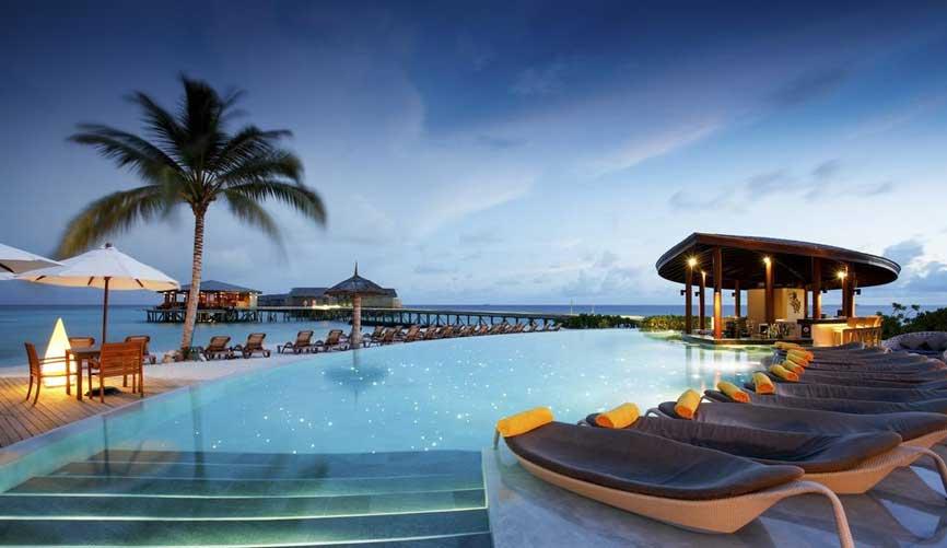 Centara Ras Fushi Resort & Spa in Maldives