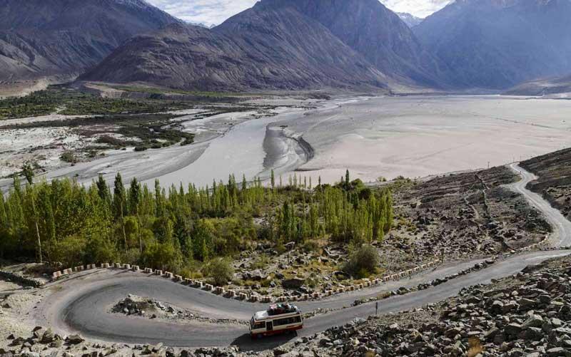 Nubra Valley from Leh road