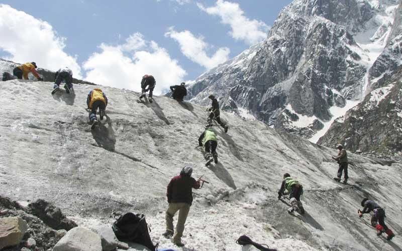 Ice-Climbing manali