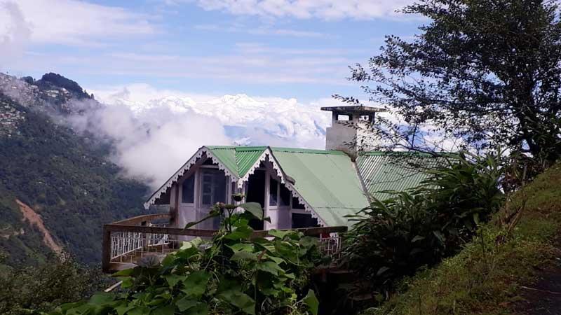Rangaroon Tea Bungalow, Darjeeling