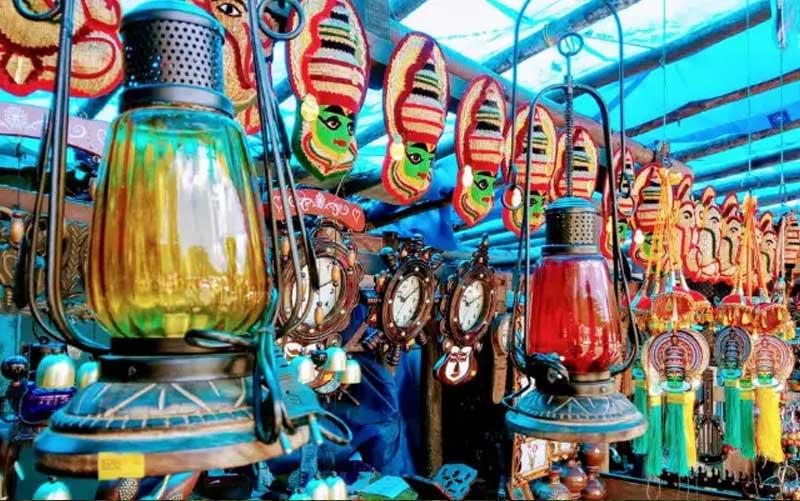 Local Markets for Shopping munnar