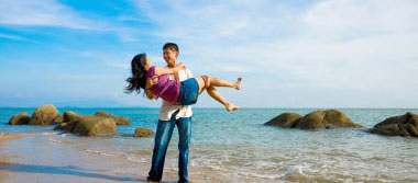 Amazing Bali & Singapore Honeymoon Package