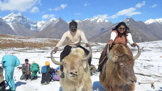 Shimla Manali Honeymoon Tour Packages from Hyderabad